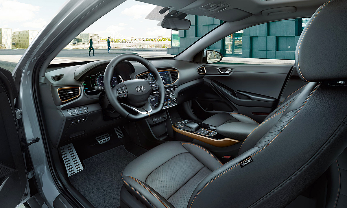 ioniq_electric_interior_main